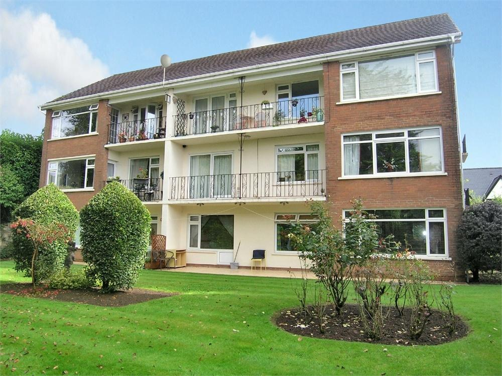 3 Bedrooms Flat for sale in Brooklea Park, Lisvane, Cardiff