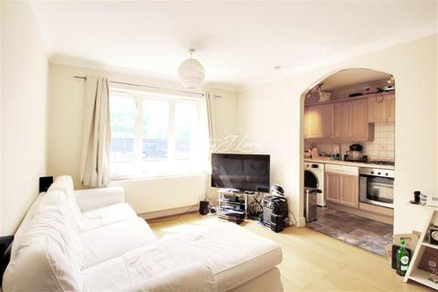 2 bedroom flat to rent - Glamis Place, E1W