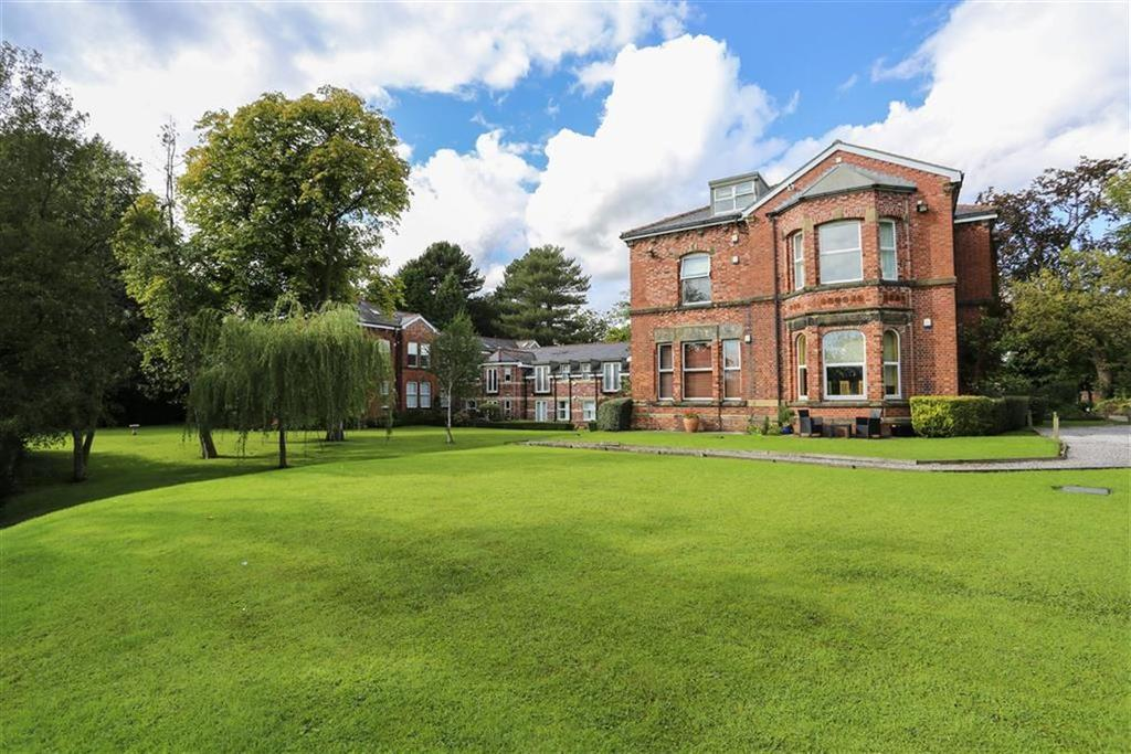 2 Bedrooms Penthouse Flat for sale in Torkington Road, Hazel Grove, Cheshire