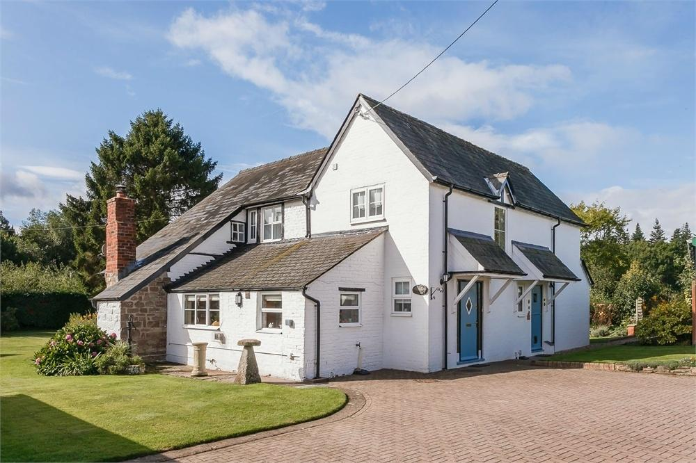 3 Bedrooms Detached House for sale in Holme Lacy, Herefordshire