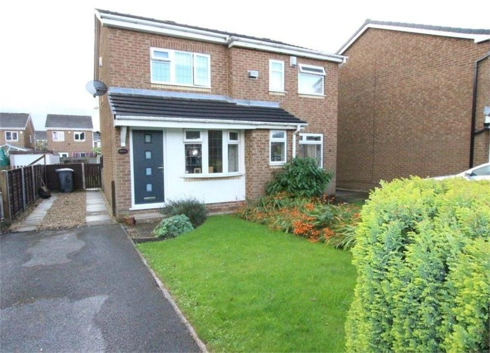 2 Bedrooms Semi Detached House for sale in Daisy Close, Birstall, BATLEY, West Yorkshire