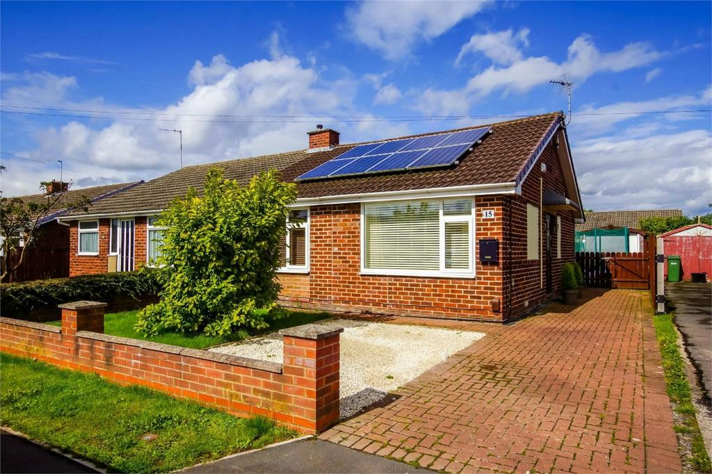 2 Bedrooms Semi Detached Bungalow for sale in Bowness Drive, Rawcliffe, York