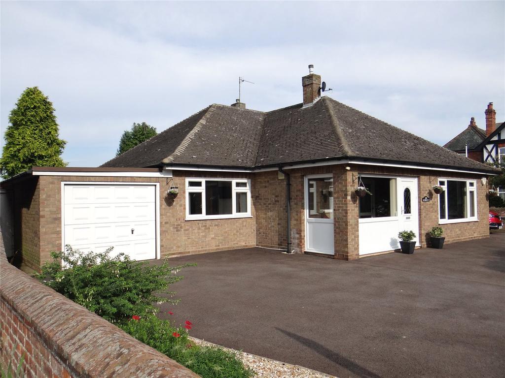 3 Bedrooms Detached Bungalow for sale in Willingham Road, Market Rasen, LN8