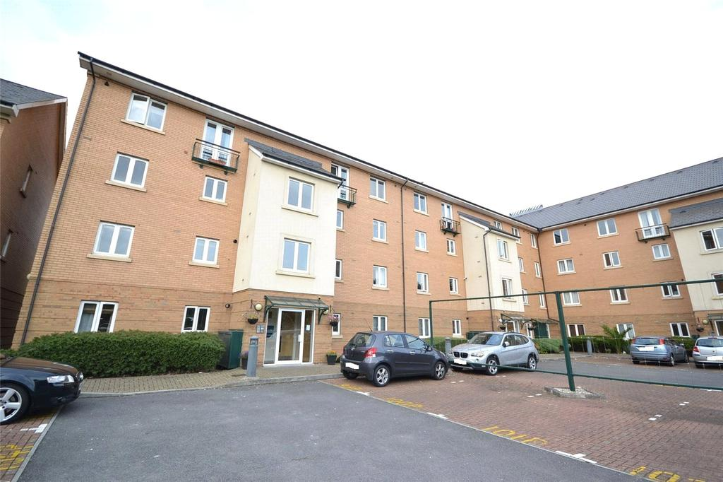 2 Bedrooms Apartment Flat for sale in Amalfi House, Ffordd Garthorne, Cardiff Bay, Cardiff, CF10