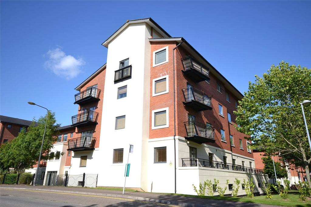 2 Bedrooms Apartment Flat for sale in Henke Court, Cardiff Bay, Cardiff, CF10