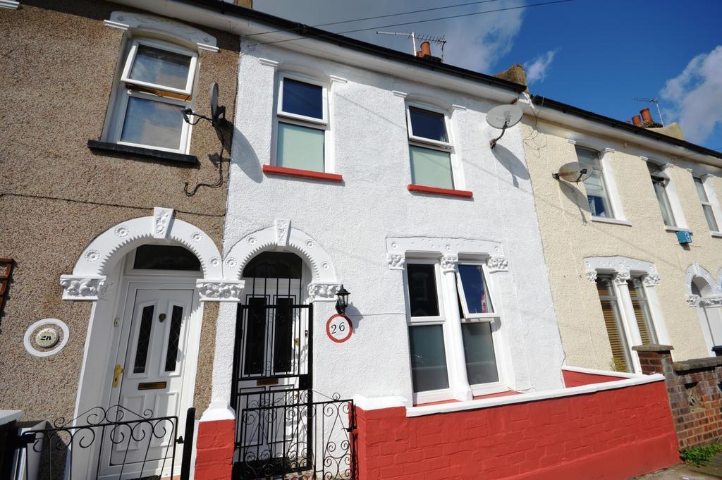 3 Bedrooms Terraced House for sale in Kneller Road Brockley SE4