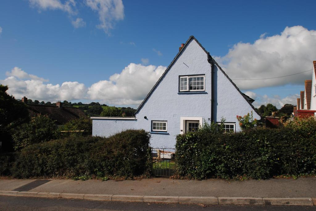 2 Bedrooms Detached House for sale in Broad Park, Launceston