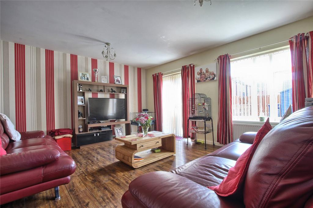 3 Bedrooms Terraced House for sale in Harrington Road, Redcar