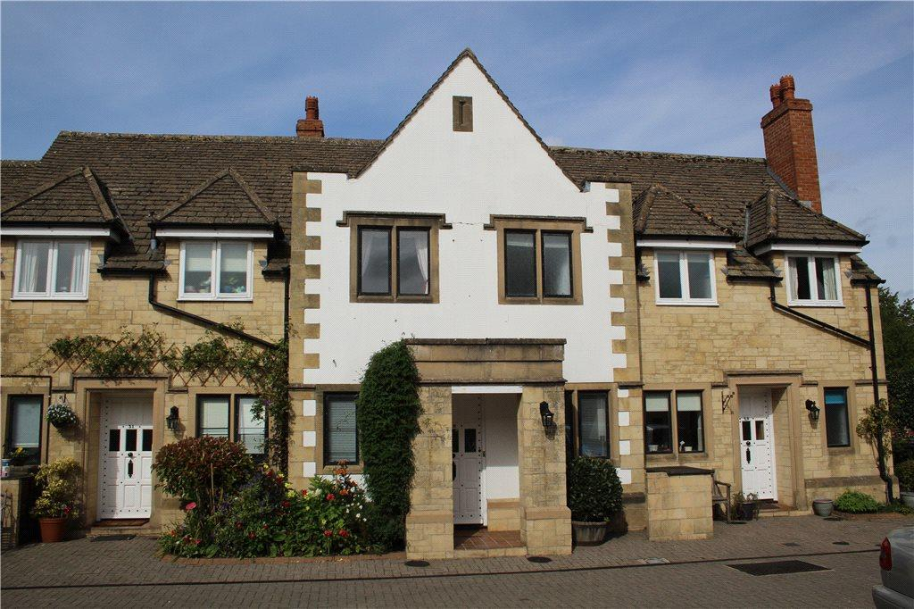 2 Bedrooms Terraced House for sale in The Grange, Moreton-In-Marsh, Gloucestershire, GL56