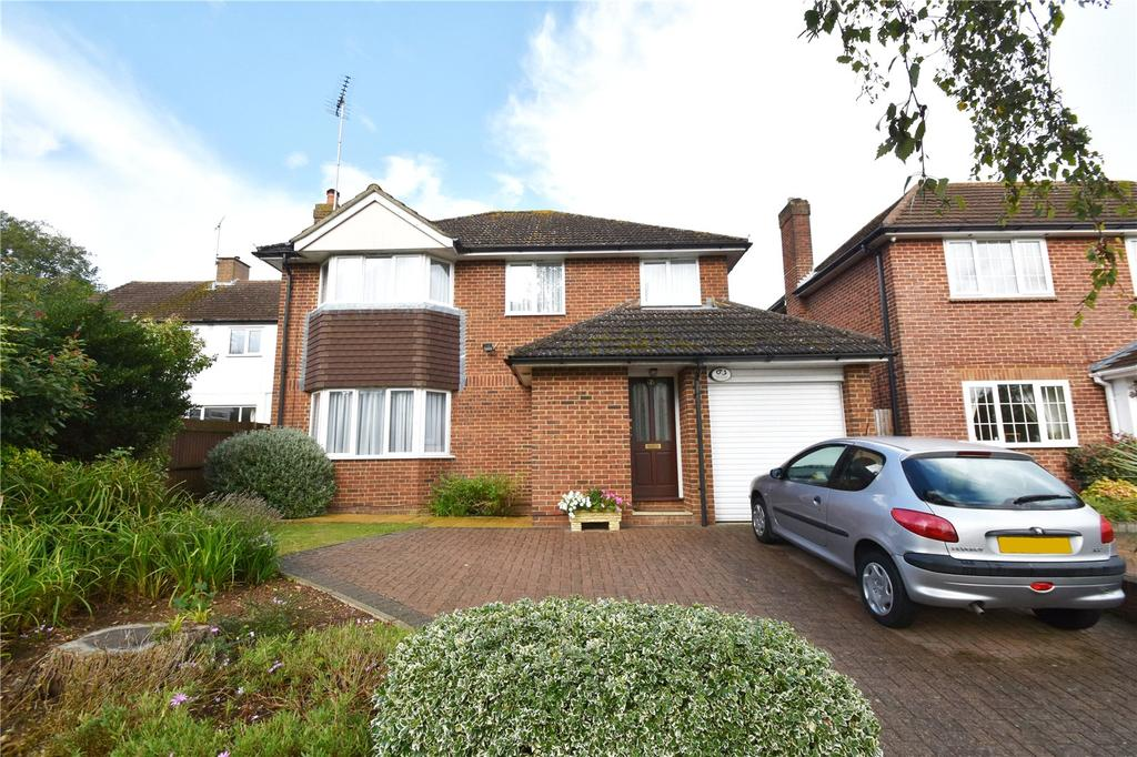 4 Bedrooms Detached House for sale in Toulmin Drive, St. Albans, Hertfordshire
