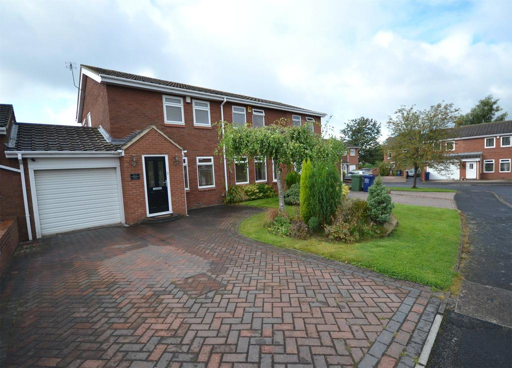 2 Bedrooms Semi Detached House for sale in The Boltons