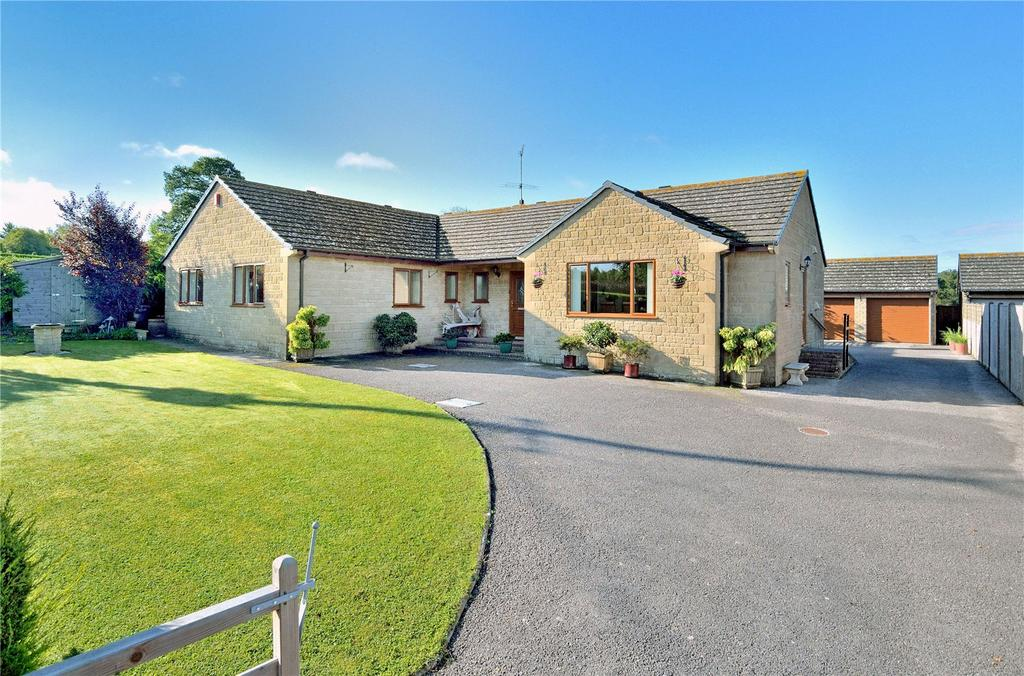 4 Bedrooms Detached Bungalow for sale in Back Drove, Leigh, Sherborne, Dorset