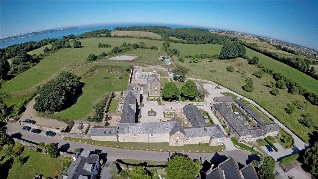 2 Bedrooms End Of Terrace House for sale in Stable Loft, Churston Court Farm, Churston, Devon