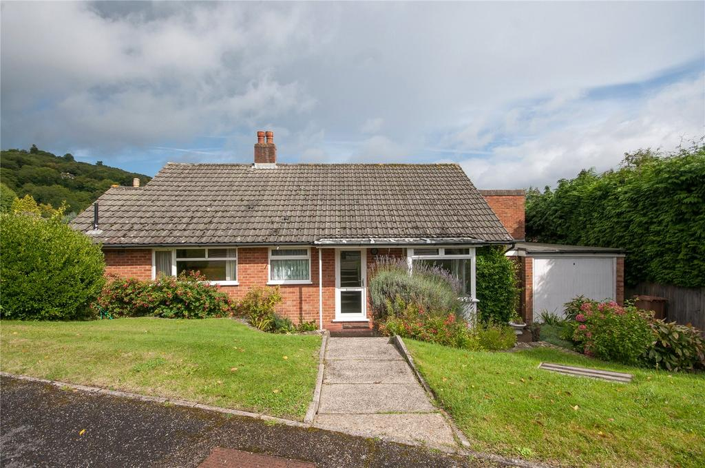 3 Bedrooms Detached Bungalow for sale in Huntersfield Close, Reigate, Surrey, RH2