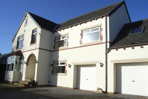 6 bedroom character property to rent - Leaville, Fyfe Lane, Baildon