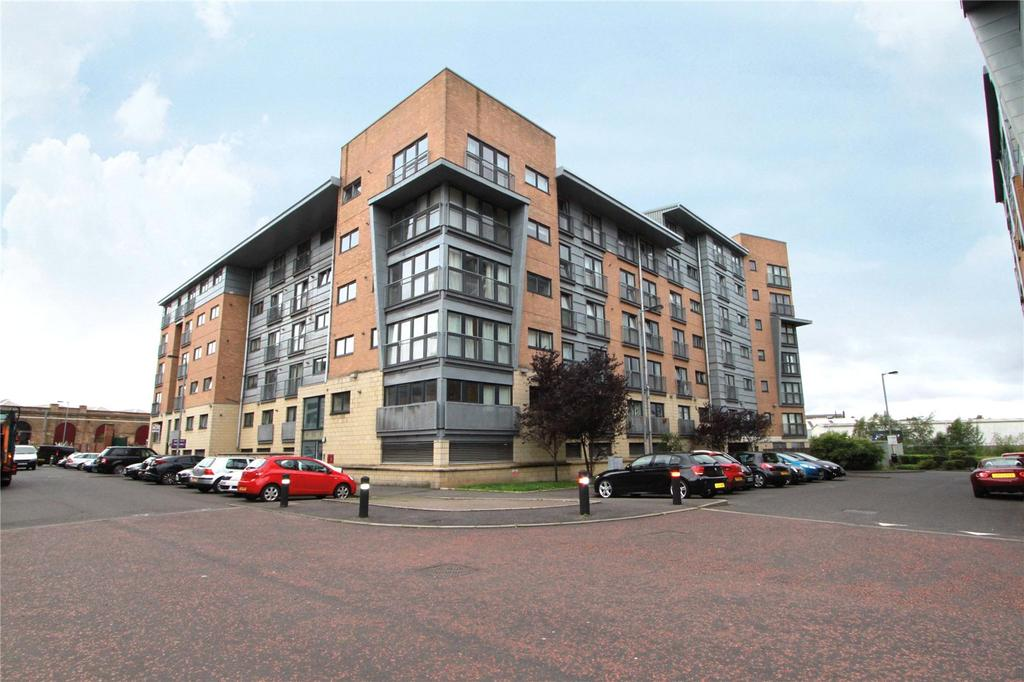 2 Bedrooms Apartment Flat for sale in 4/3, Barrland Court, Pollokshields, Glasgow