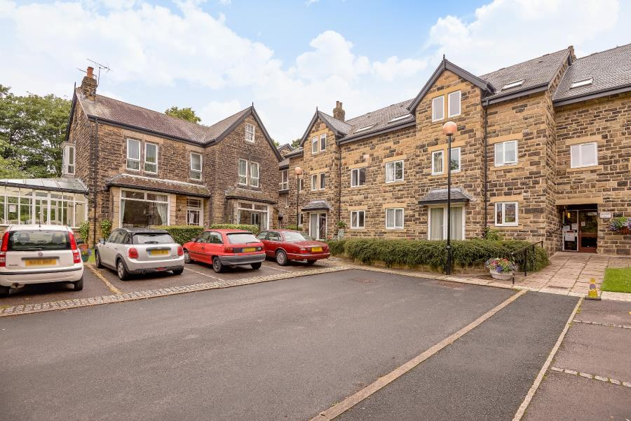 2 Bedrooms Retirement Property for sale in HOLMWOOD, 21 PARK CRESCENT, LEEDS, LS8 1DH