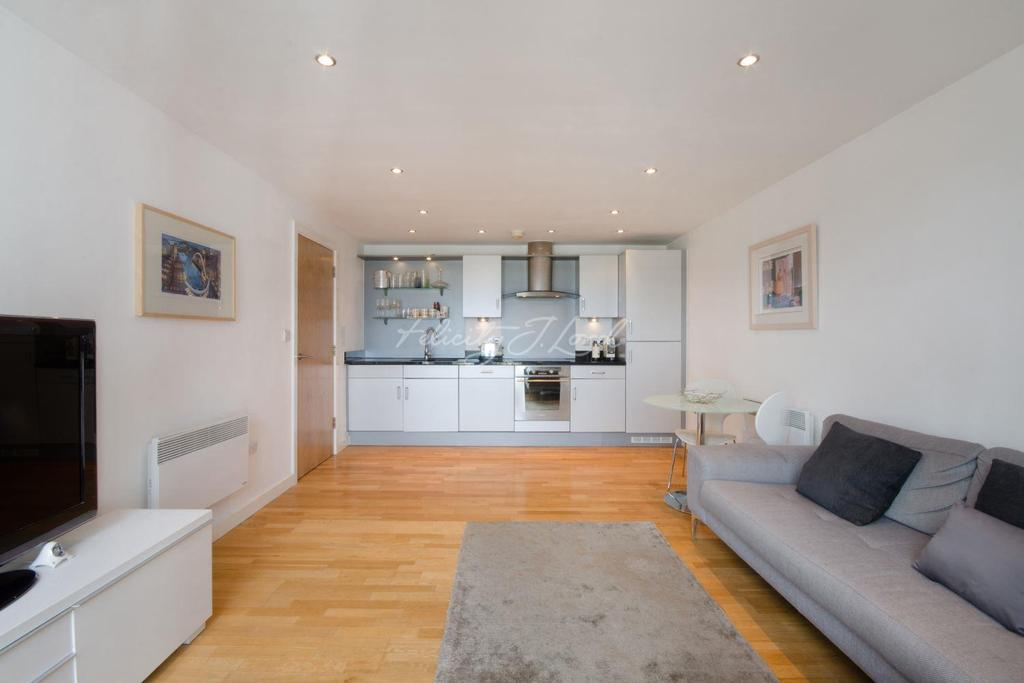 2 Bedrooms Flat for sale in Balmes Road, Islington, N1