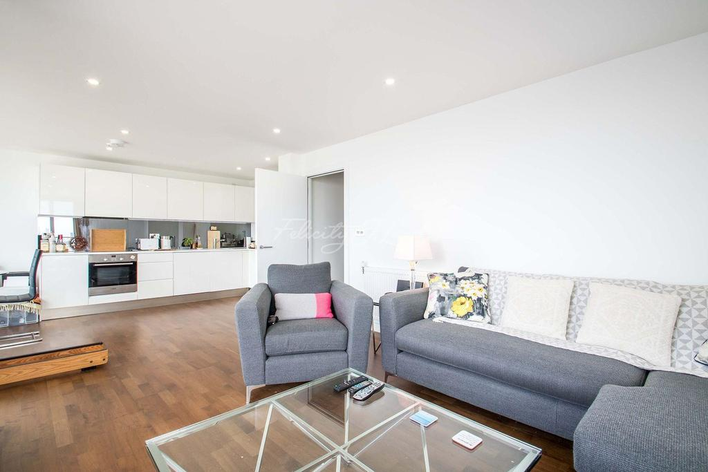 2 Bedrooms Flat for sale in Deptford, SE8