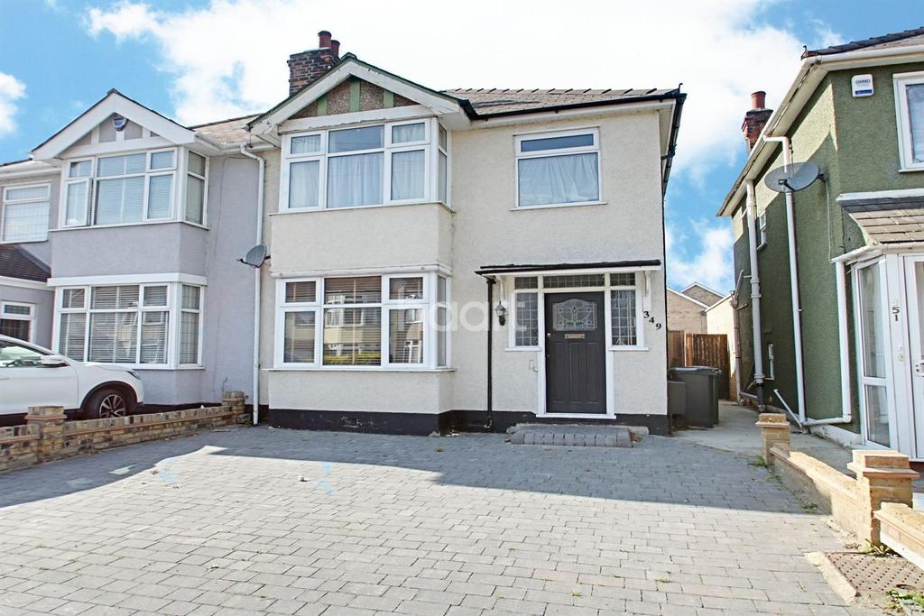 3 Bedrooms Semi Detached House for sale in Brentwood Road