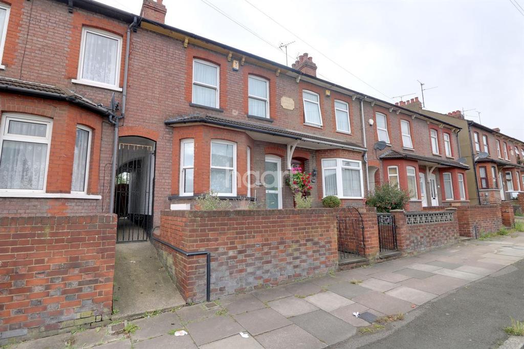 2 Bedrooms Terraced House for sale in Oakley Road, LU4