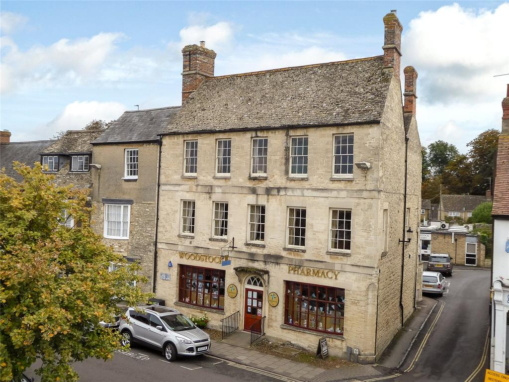 5 Bedrooms Flat for sale in High Street, Woodstock, Oxfordshire