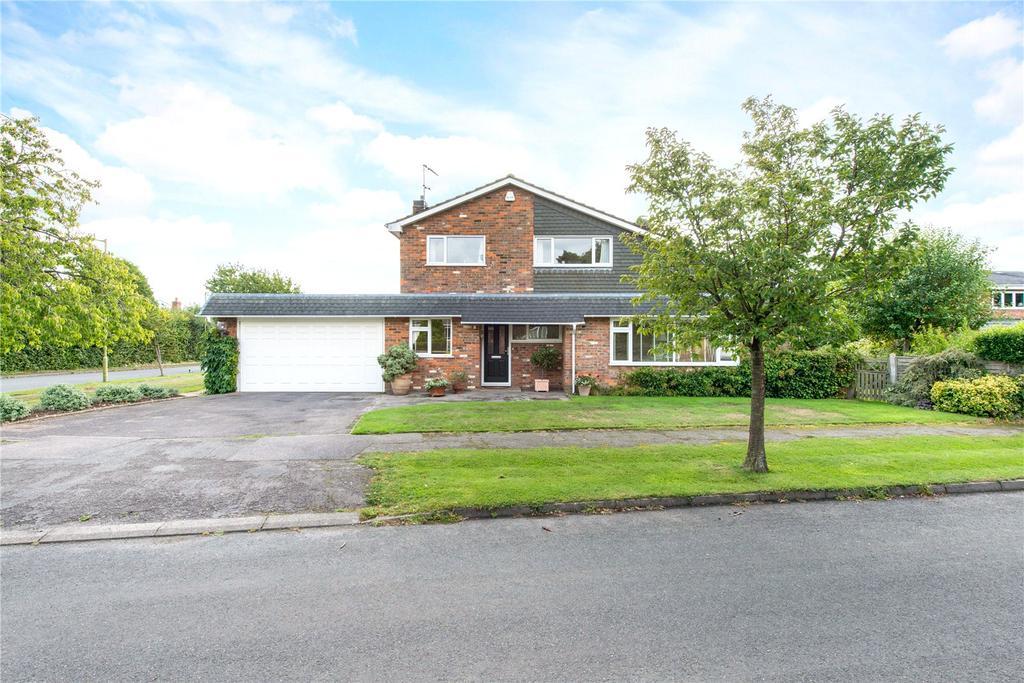4 Bedrooms Detached House for sale in Barlings Road, Harpenden, Hertfordshire, AL5