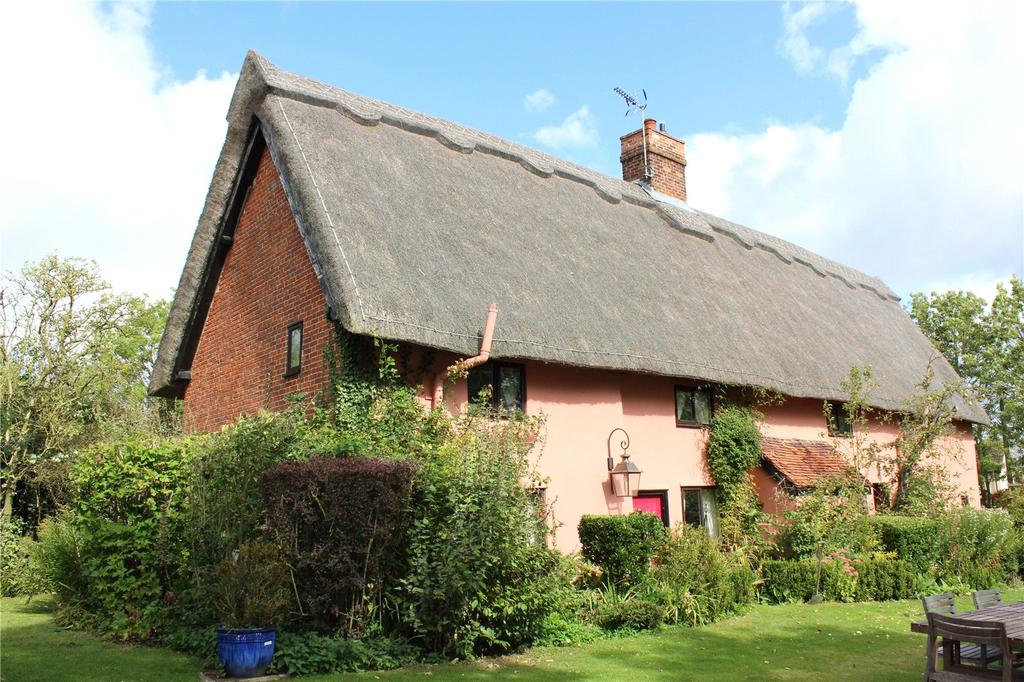 4 Bedrooms Detached House for sale in Creeting St. Mary, Nr Needham Market, Suffolk, IP6