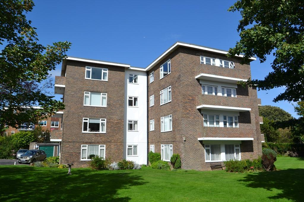 2 Bedrooms Flat for sale in Queens Mansions, Wordsworth Road, Worthing, BN11 3HX