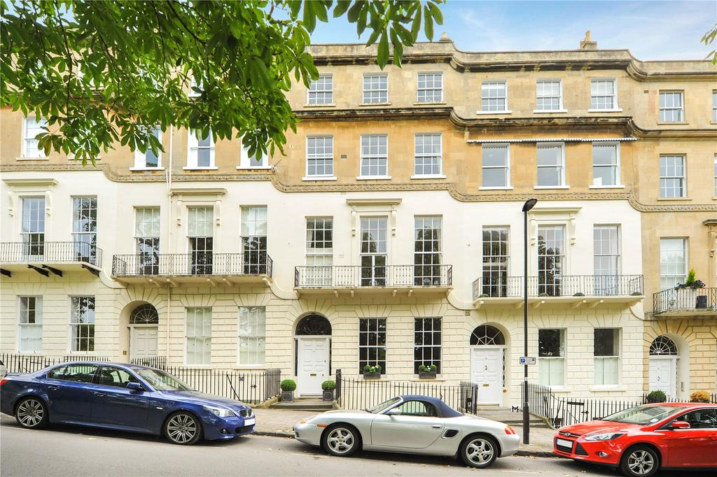 2 Bedrooms Maisonette Flat for sale in Cavendish Place, Bath, BA1