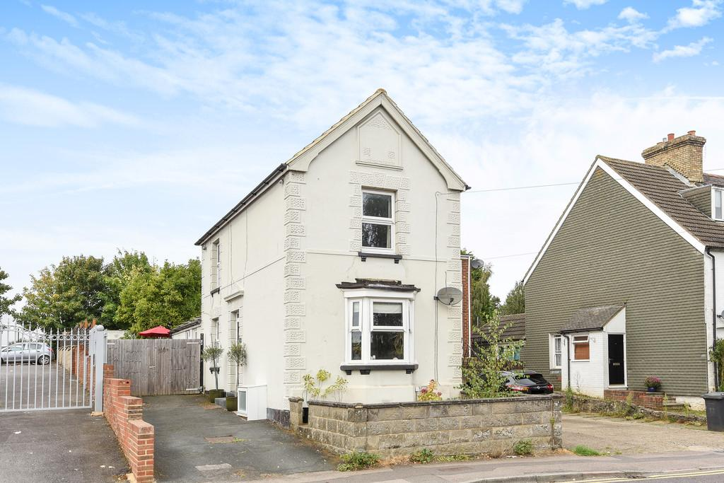 3 Bedrooms Detached House for sale in New Road, Ditton