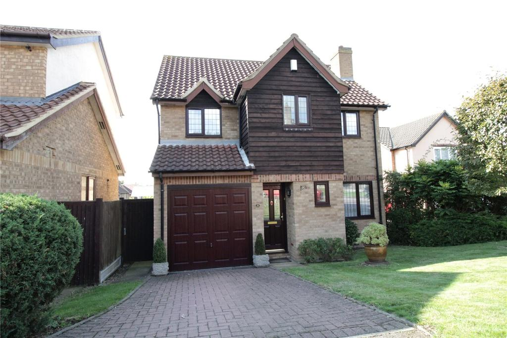 4 Bedrooms Detached House for sale in Sweet Briar Drive, Steeple View, Essex, SS15