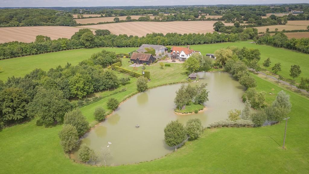 4 Bedrooms Farm House Character Property for sale in Labdens Lane, Colliers End, Herts