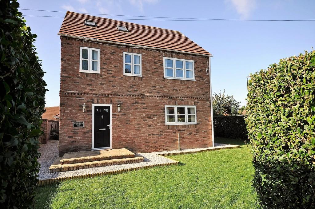 4 Bedrooms Detached House for sale in Alexandra Street, Thorne, Doncaster