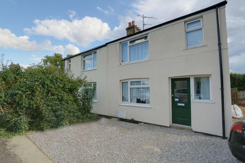 3 Bedrooms Semi Detached House for sale in Tower Road, Sutton