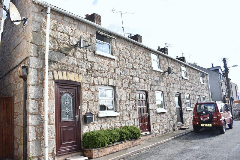 2 Bedrooms Terraced House for sale in Castle Street,, Rhuddlan