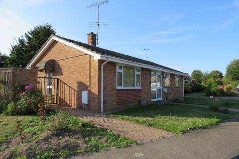 3 bedroom detached bungalow to rent - East Bergholt, Colchester