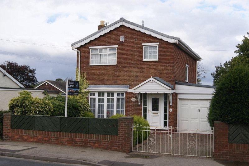 3 Bedrooms Detached House for sale in Broadview Villas, Sherburn Village, Durham
