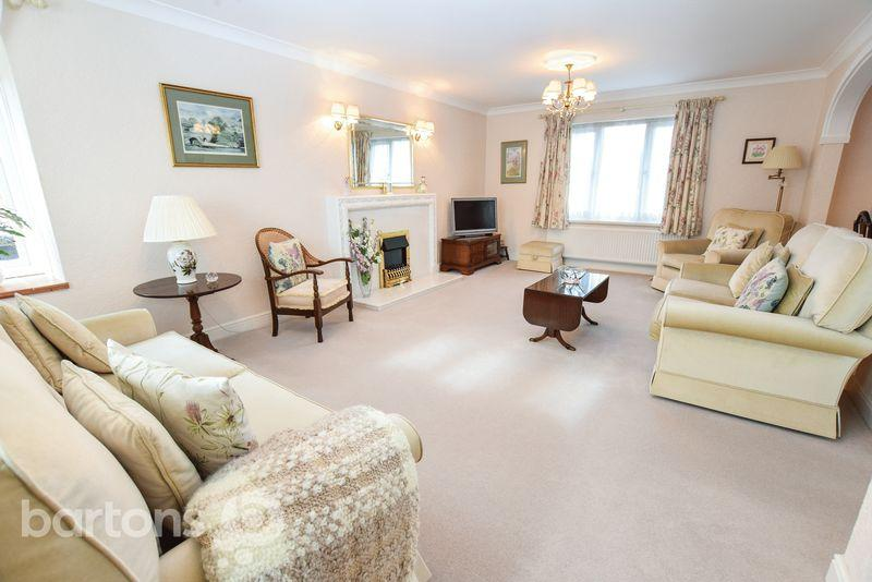 2 Bedrooms Apartment Flat for sale in Gorseland Court, WICKERSLEY