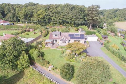 4 bedroom detached bungalow for sale - Longdown, Exeter