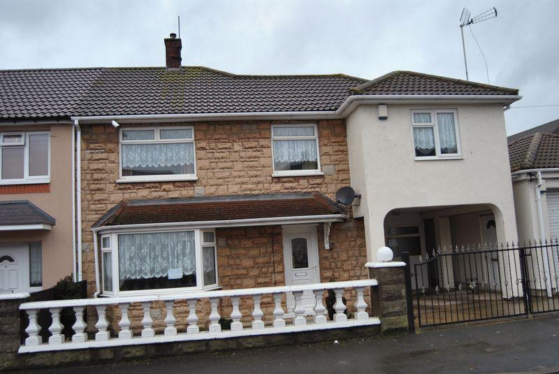 4 Bedrooms End Of Terrace House for sale in Eastfield Road, Scunthorpe