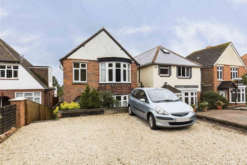 3 Bedrooms Detached House for sale in Havant Road, Farlington