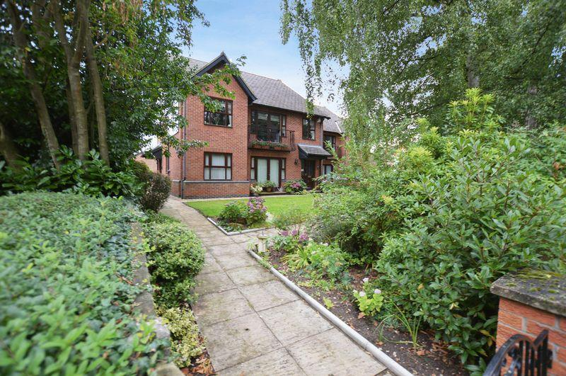 2 Bedrooms Apartment Flat for sale in 9 Spa Court, Iddesleigh Road, Woodhall Spa