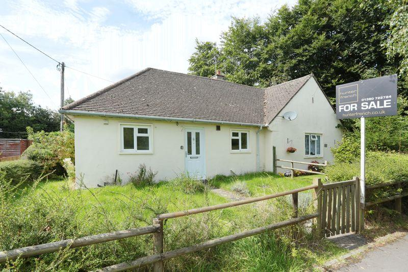 1 Bedroom Semi Detached Bungalow for sale in Ryeleaze, Devizes