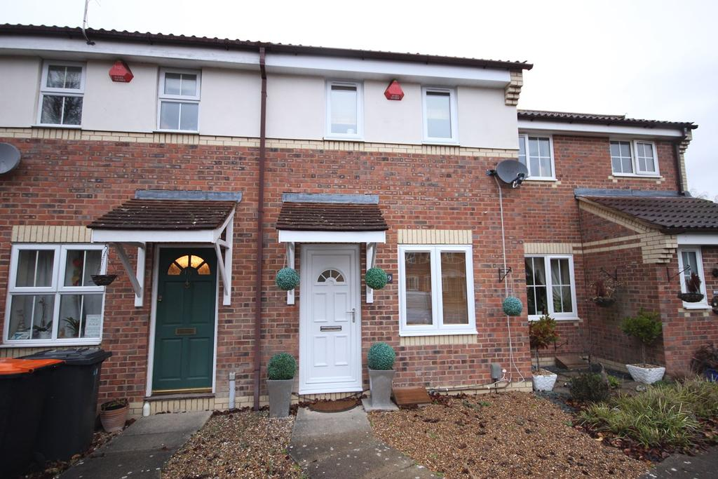 2 Bedrooms Terraced House for sale in Simpkins Drive, Barton Le Clay , MK45