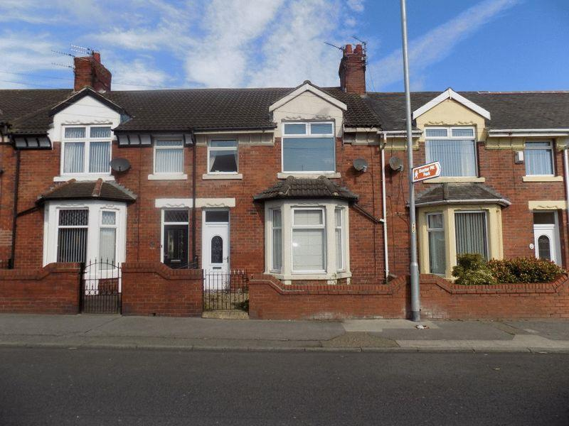 3 Bedrooms Terraced House for sale in Beech Grove, Bedlington