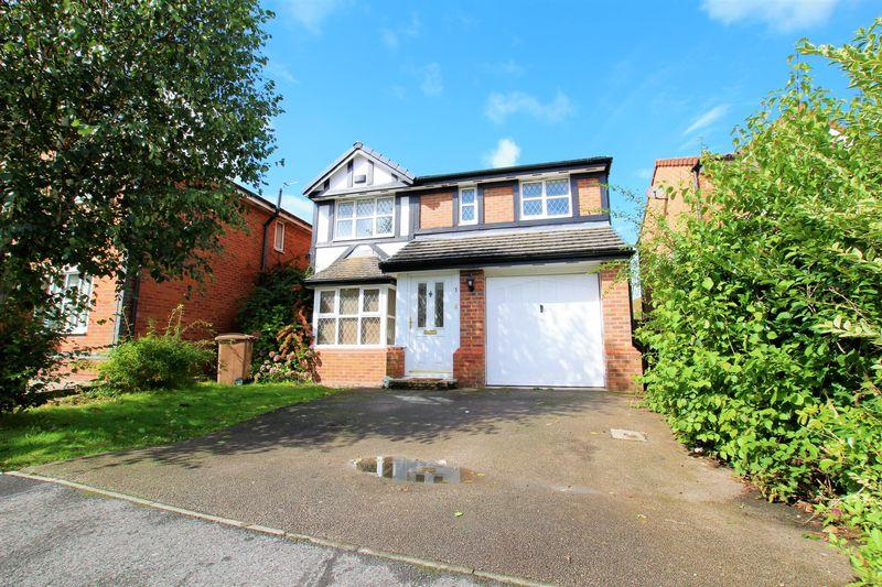 4 Bedrooms Detached House for sale in Fletcher Close, Upton