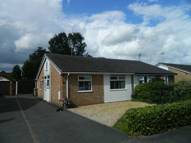 3 Bedrooms Semi Detached Bungalow for sale in Newtons Grove, Sandbach