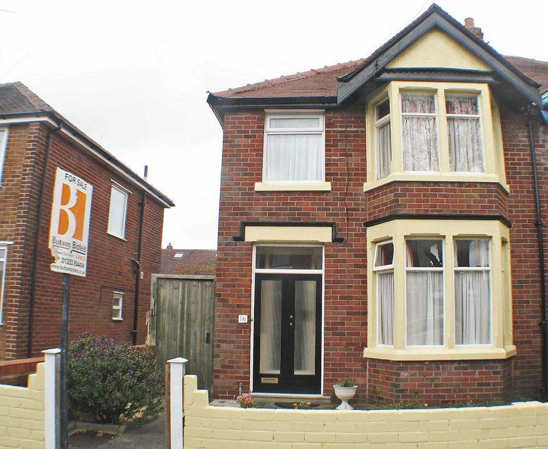 3 Bedrooms Semi Detached House for sale in Conway Avenue, Normoss, Blackpool
