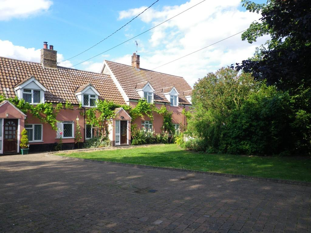7 Bedrooms Detached House for sale in South Street, Hockwold